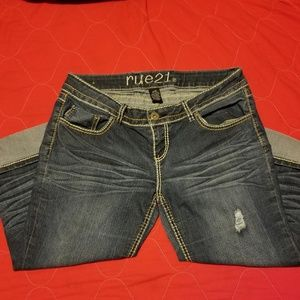 Rue 21 slightly destroyed capri jeans
